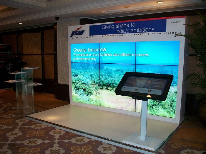 JSW Booth enhaces appeal with Multi-touch MagixKiosk