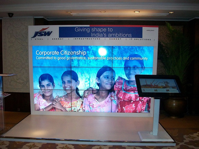 JSW Booth using Multi-touch MagixKiosk